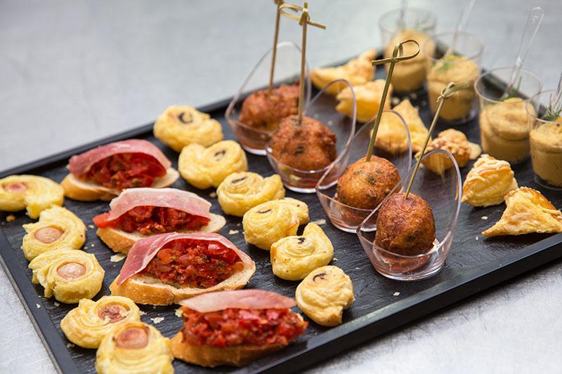 Cocktail dinatoire traiteur vaucluse r ception en vaucluse - Dessert pour apero dinatoire ...